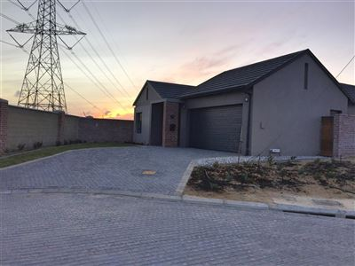 Kuils River property to rent. Ref No: 13400155. Picture no 15