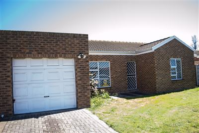 Zonnendal property for sale. Ref No: 13400053. Picture no 1