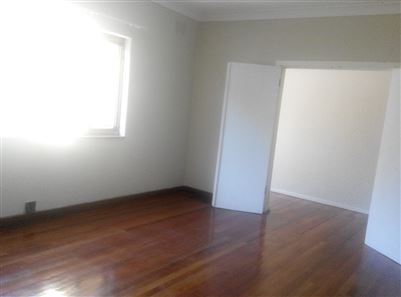Pinelands property to rent. Ref No: 13400066. Picture no 3