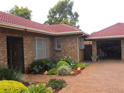 Doornpoort property for sale. Ref No: 13400189. Picture no 1
