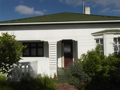 Claremont property for sale. Ref No: 13400328. Picture no 1