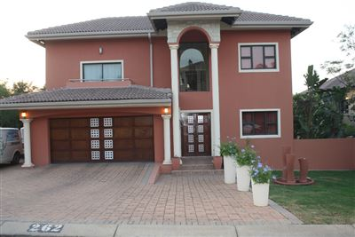 Pebble Rock Golf Village property for sale. Ref No: 13400326. Picture no 3