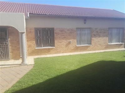 Blomanda for sale property. Ref No: 13400300. Picture no 1