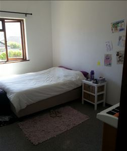 Fish Hoek property to rent. Ref No: 13399289. Picture no 9