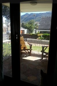 Fish Hoek property to rent. Ref No: 13399289. Picture no 6