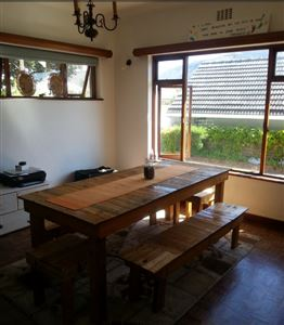Fish Hoek property to rent. Ref No: 13399289. Picture no 2