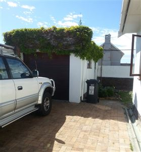 Fish Hoek property to rent. Ref No: 13399289. Picture no 5