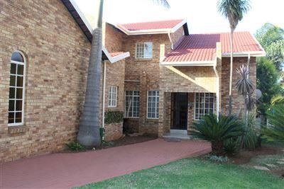 Safari Gardens & Ext property for sale. Ref No: 13400472. Picture no 1