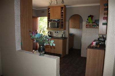 Rangeview property for sale. Ref No: 13400659. Picture no 3