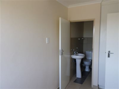 Centurion property to rent. Ref No: 13402157. Picture no 9