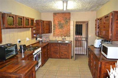 Doornpoort property for sale. Ref No: 13400707. Picture no 1