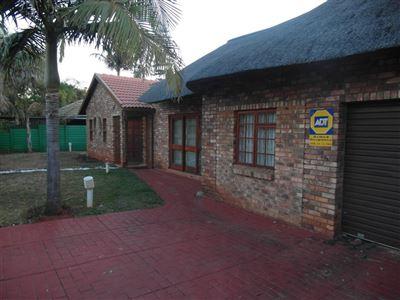 Doornpoort property for sale. Ref No: 13400710. Picture no 1