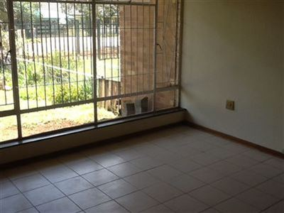Meiringspark property to rent. Ref No: 13400894. Picture no 12