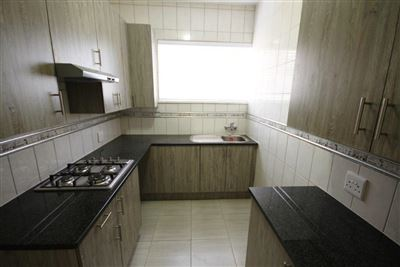 Rosebank property to rent. Ref No: 13401105. Picture no 6