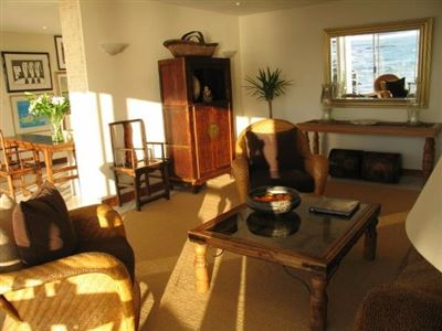 Camps Bay property to rent. Ref No: 13401205. Picture no 6