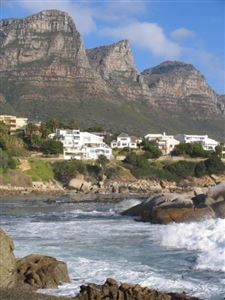 Camps Bay property to rent. Ref No: 13401205. Picture no 3