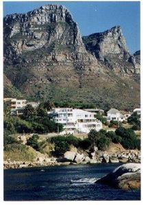 Camps Bay property to rent. Ref No: 13401205. Picture no 9