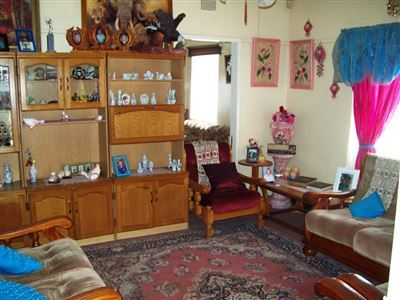 Oos Einde property for sale. Ref No: 13401311. Picture no 4
