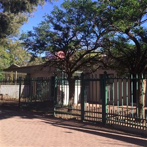 Bloemfontein, Willows Property  | Houses For Sale Willows, Willows, Townhouse 2 bedrooms property for sale Price:480,000