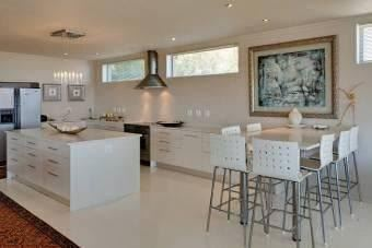 Camps Bay property to rent. Ref No: 13401694. Picture no 13