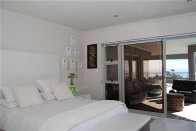 Camps Bay property to rent. Ref No: 13401694. Picture no 17