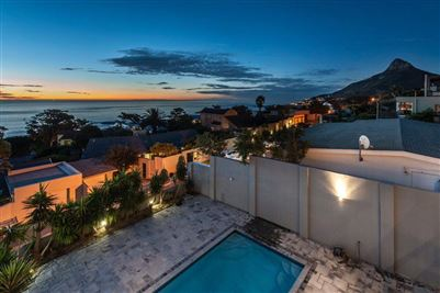 Camps Bay property to rent. Ref No: 13401694. Picture no 18