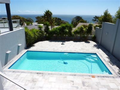 Camps Bay property to rent. Ref No: 13401694. Picture no 23
