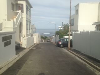 Bantry Bay property to rent. Ref No: 13401912. Picture no 2