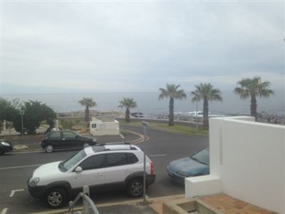 Bantry Bay property to rent. Ref No: 13401912. Picture no 3