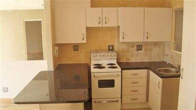 Sea Point property to rent. Ref No: 13401960. Picture no 3