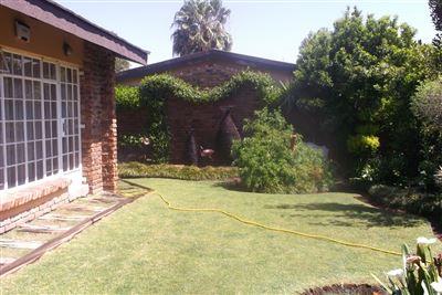 Klerksdorp, Flamwood Property  | Houses For Sale Flamwood, Flamwood, Townhouse 2 bedrooms property for sale Price:795,000