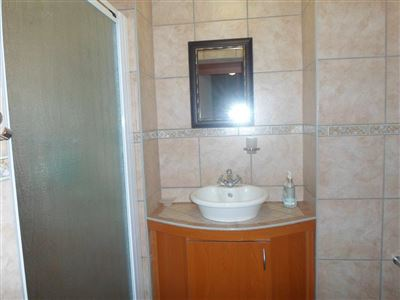 Rustenburg property to rent. Ref No: 13401999. Picture no 14