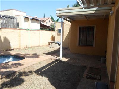 Rustenburg property to rent. Ref No: 13401999. Picture no 17