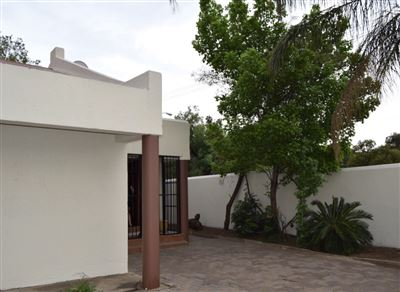 Waverley property for sale. Ref No: 13402213. Picture no 1