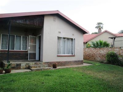 Rustenburg, Protea Park & Ext Property  | Houses For Sale Protea Park & Ext, Protea Park & Ext, House 3 bedrooms property for sale Price:1,050,000