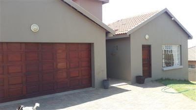 Witbank, Model Park & Ext Property  | Houses For Sale Model Park & Ext, Model Park & Ext, House 3 bedrooms property for sale Price:1,950,000