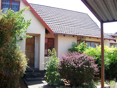 Germiston, Spruit View Property  | Houses For Sale Spruit View, Spruit View, House 3 bedrooms property for sale Price:620,000