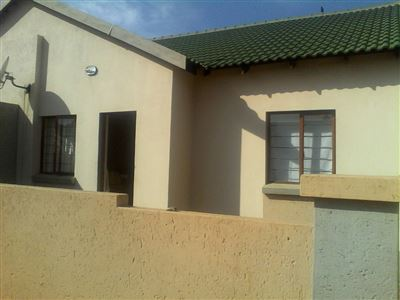 Witbank, Tasbet Park & Ext Property  | Houses For Sale Tasbet Park & Ext, Tasbet Park & Ext, Townhouse 2 bedrooms property for sale Price:599,000