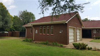 Parys property for sale. Ref No: 13381024. Picture no 3
