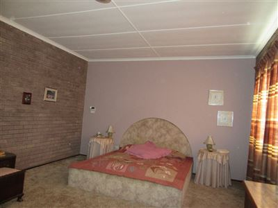 Uvongo property for sale. Ref No: 13404108. Picture no 15