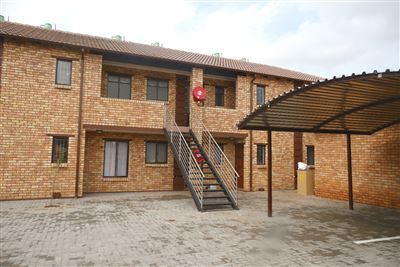 Pretoria, The Orchards And Ext Property  | Houses For Sale The Orchards And Ext, The Orchards And Ext, Townhouse 2 bedrooms property for sale Price:450,000