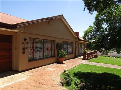 Bloemfontein, Fichardt Park Property  | Houses For Sale Fichardt Park, Fichardt Park, House 4 bedrooms property for sale Price:1,620,000