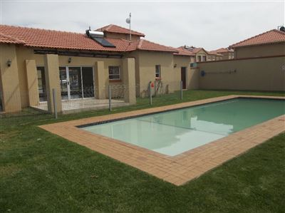 Johannesburg, Ormonde View Property  | Houses For Sale Ormonde View, Ormonde View, Apartment 2 bedrooms property for sale Price:639,000