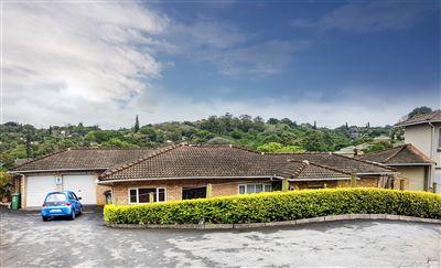 Townhouse for sale in Amanzimtoti