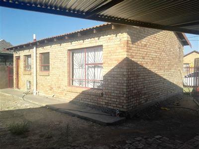 Bloemfontein, Grasslands Property  | Houses For Sale Grasslands, Grasslands, House 2 bedrooms property for sale Price:570,000
