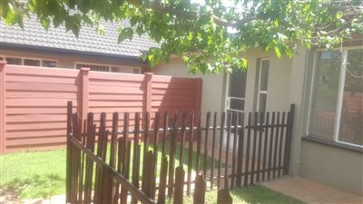 Klerksdorp, Wilkoppies Property  | Houses To Rent Wilkoppies, Wilkoppies, Townhouse 1 bedrooms property to rent Price:,  3,70*