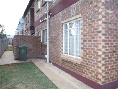 Waterval East property for sale. Ref No: 13411838. Picture no 4