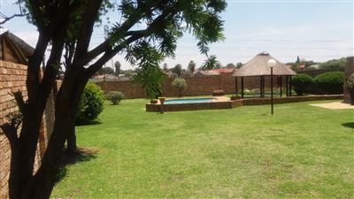 Alberton, Verwoerdpark Property  | Houses For Sale Verwoerdpark, Verwoerdpark, Townhouse 2 bedrooms property for sale Price:850,000