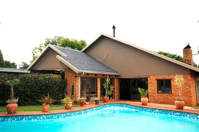Roodepoort, Wilro Park & Ext Property  | Houses For Sale Wilro Park & Ext, Wilro Park & Ext, House 3 bedrooms property for sale Price:1,795,000