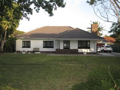 House for sale in Pinelands